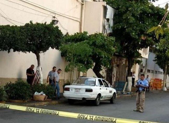 Matan a taxista de Praderas-Costa Azul en Acapulco - https://www.notimundo.com.mx/estados/matan-a-taxista-de-praderas-costa-azul-en-acapulco/