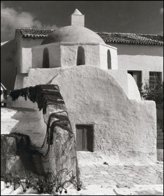 Photo by Herbert List. Greece. Cyclades. Island of Mykonos. Church. 1937.