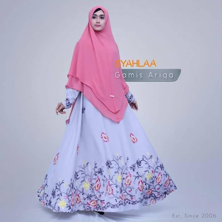 Gamis Syahlaa Ariqa. Warna : Pink, Hitam, Kuning Ukuran : S,M,L,XL Pemesanan: BBM : 5372BED5 WA : 081519480738