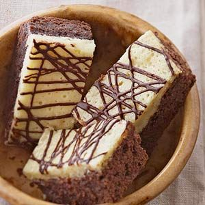 Chocolate, cream cheese, and vanilla are combined in this scrumptious dessert recipe.: Brownie Recipes, Black And White, Brownies Blondies, Black White, Sweet Tooth, Chocolate Brownies, Cream Cheeses, Dessert