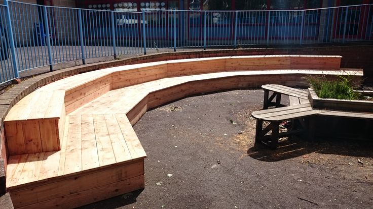 An amphitheatre is the perfect place to watch impromptu playground performances