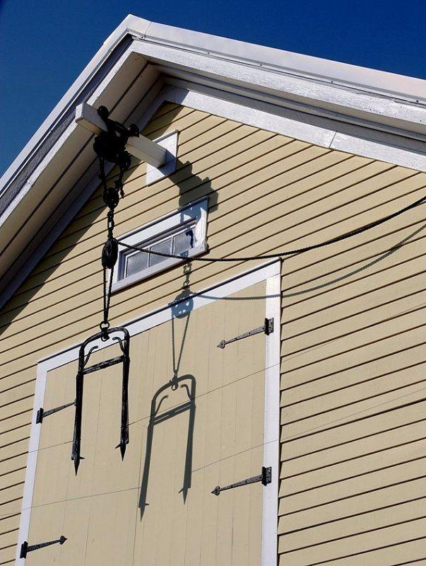 Hay hoist barn google search hardware pinterest for Barn loft doors