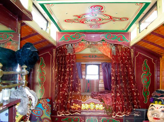 Top 25+ best Gypsy caravan interiors ideas on Pinterest ...