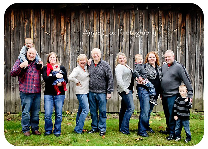 Extended Family Shoot Large Pose
