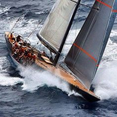Famous America's Cup Yachts: Dave Williams Beckmann's favorite!