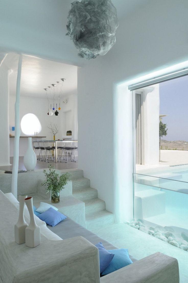 Gresk interiør på sitt beste! Nyt late dager innendørs, eller gå ut på terrassen for å slikke sol!