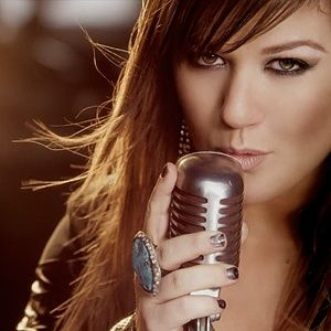 Kelly Clarkson, the original and the best (no offense Carrie) American Idol winner.