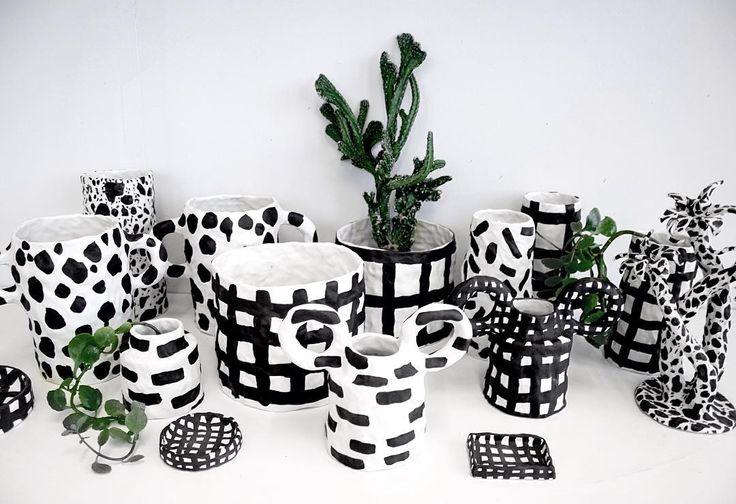 #ceramic #ceramics #pottery #keramik #handmade #handgjort #handgjord #konstfack #konsthantverk #hantverk #interior #inredning #interiör #homedecor #decor #heminredning #inredningsdetaljer #inredningsdesign #hem #plants #mönstrat #mönster #pattern #dots  #prickigt #craft #art  #emeliethornadtsson by emeliethornadtsson