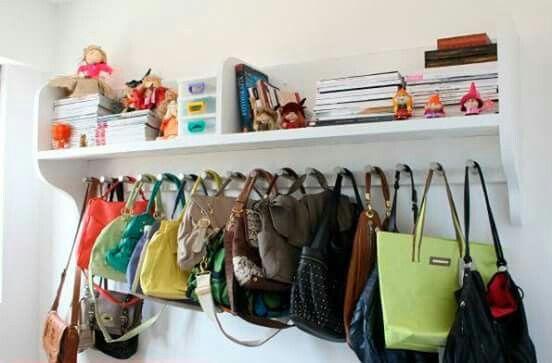 Perfecto para las bolsas armario para bolsas almacenaje - Percheros para bolsos ...