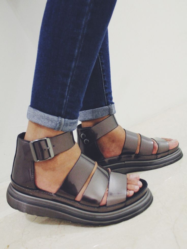 Dr Marten's Clarissa Sandal