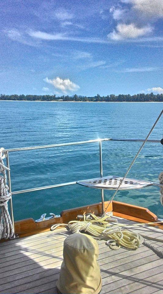 Lorsque Aventure se met au rythme de l'Asie When Adventure sets to the rhythm of Asia  www.sailing-aventure.com  Aventure ... plus qu'un mot, un art de vivre Aventure ... more than a word, a way of life  #Aventure #SouthEastAsia #Asiedusudest #Birmanie #Myanmar #MerguiArchipelago #ArchipeldesMergui #Luxurycruise #Croisière #Luxe #Ketch #Voilier #SailingYacht #Yacht #Détente #Relaxation #Soleil #Sun #Plage #Beach #Sea #Mer #Ocean #Voyage #Travel #Trip #Discovery #Découverte #Vacances #Holiday