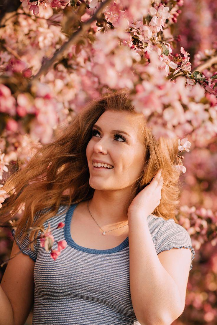 Boise Rose Garden Senior Photography Senior girl