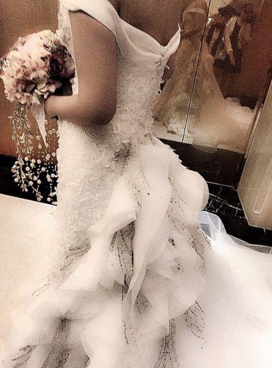#begorgeoussignature#weddingdressdetails#thedetails#handbouquetbythecoppelia