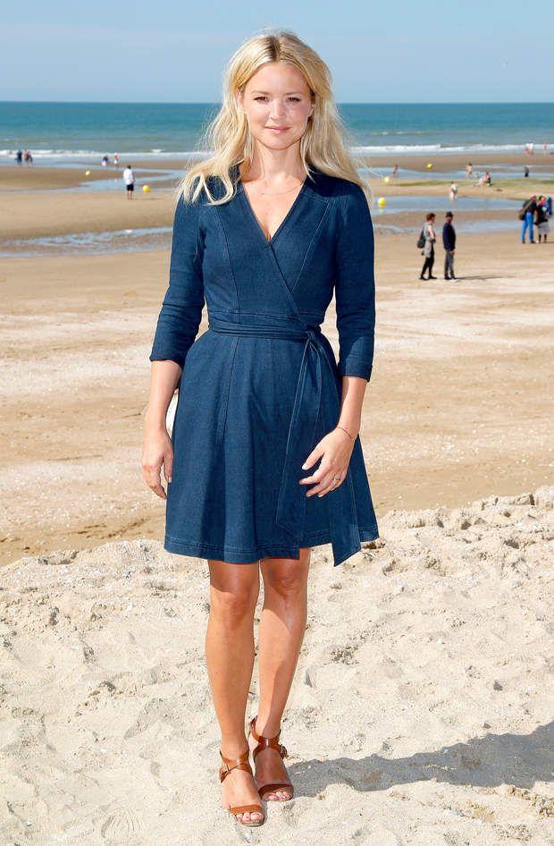 Virginie Efira, version bleue marine au festival de Cabourg