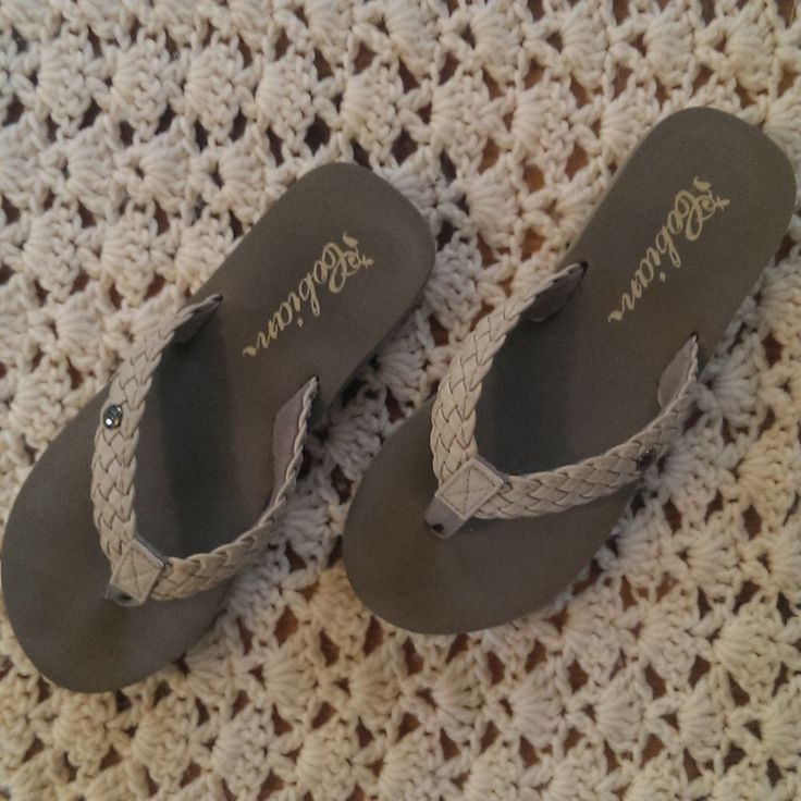 Cobian  Flip Flops Sandals Thong Style Flip Flops Gray Womens Size 6.5 #Cobian #Braided #Casual