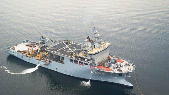 """Denizaltı Kurtarma Gemisi TCG Alemdar'ın Deniz Kuvvetleri Komutanlığına teslimi Tuzla İstanbul Tersanesi'nde düzenlenen törenle yapıldı.  Deniz Kuvvetleri Komutanı Oramiral Bostanoğlu """"Bugün Deniz Kuvvetlerine teslimi yapılacak Alemdar'ın, sahip olacağı kurtarma sistemleriyle, denizaltı gemilerimizde meydana gelebilecek kaza ve arıza durumlarında, personel azami 72 saat içinde kurtarılabilecek, yara alan, kaza veya arıza yapan su üstü gemileri yedeklenebilecek, dalgıç, uzaktan kumandalı…"""