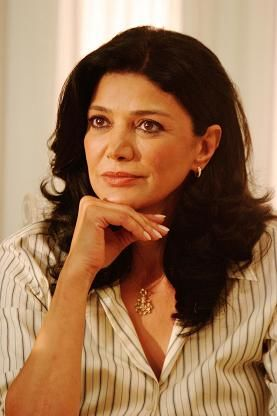"Shohreh Aghdashloo--absolutely one of my favorite actresses. Wonderful in ""House of Sand and Fog""."