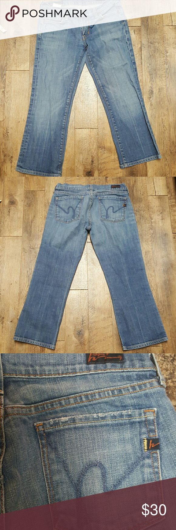 """Citizens of Humanity♨️SALE♨️low waist cropKelly 28 Low rise cropped Kelly stretch cotton jeans in great condition. Sz 28 7 1/2"""" rise 22 5/8"""" inseam Super buy... Citizens of Humanity Jeans Ankle & Cropped"""