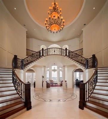 Ian's Foyer