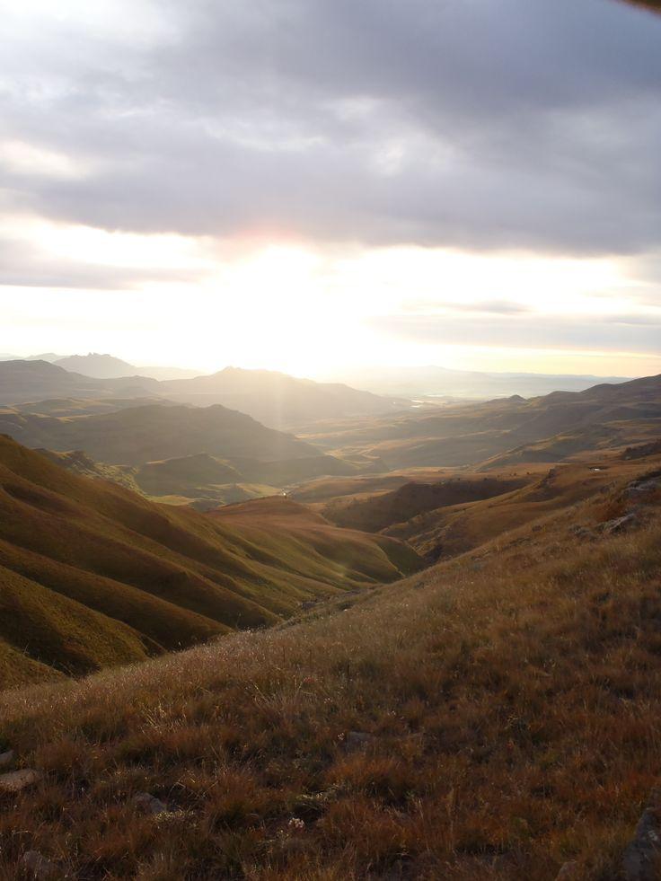 Sunrise. Southern Drakensberg
