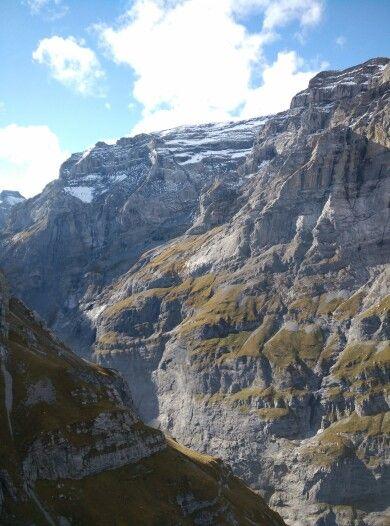 Felswand beim Aufstieg