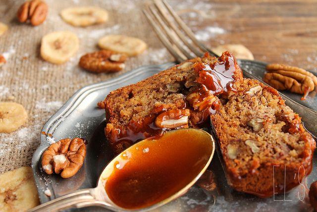 Pane alla banana con noci pecan e sciroppo d'acero {Vegan} - amore & mangia