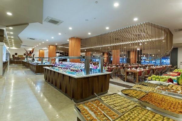 Török Riviéra / Side Seashells Resort 5* étterem bőséges kínálattal :)
