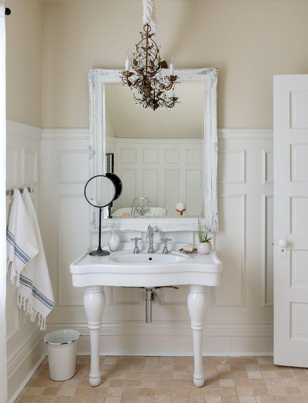 134 best images about salles de bain on pinterest belle - Salle de bain feminine ...
