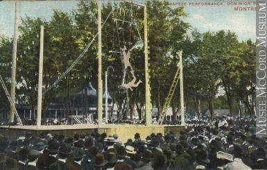 Un spectacle de trapèze au Parc Dominion