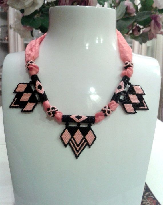 FREE Shipping!!! Glamorous,Handmade Delica Necklace. Pink and black. INTRODUCTORY PRICE!!!