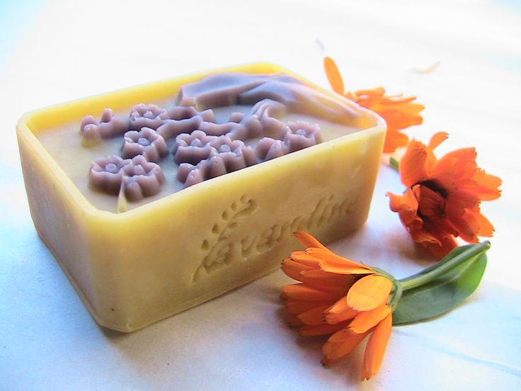 Delicate Baby Soap-sapun pentru bebelusi cu unt de shea,galbenele si musetel-Lavandine