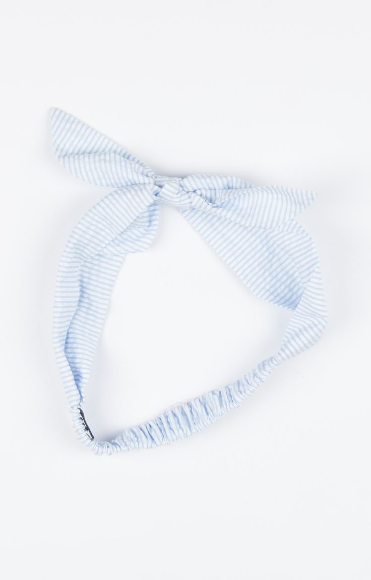 Our favorite fabric now in an adorable, easy to wear headband! We love this tie style because you can easily dress this sweet accessory up or down! Available in 6 seersucker colors!