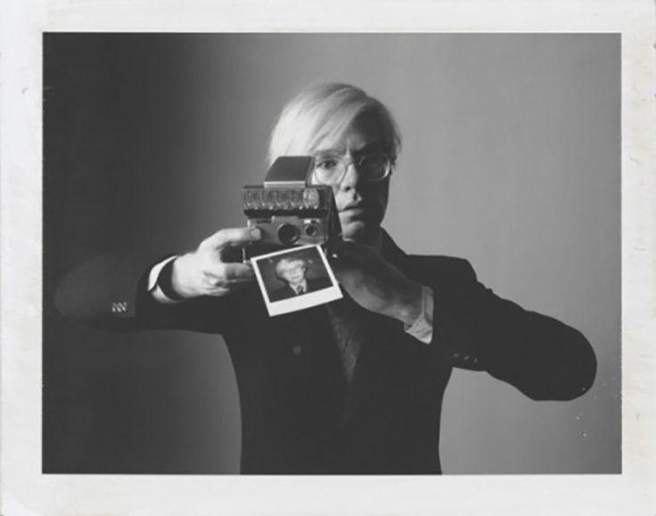 Andy Warhol Huzurlarınızda