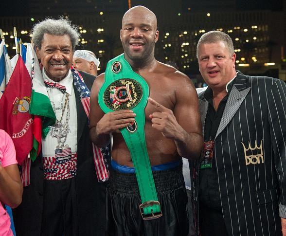 "Don King, Zab Judah, Randy Couture, Frank Mir, Mindy Robinson, Derek Stevens and more at ""Heavyweight Extravaganza"" (Pictured: Winner Trevor Bryan with Don King and Derek Stevens – Photo credit: Tom Donoghue Photography)"