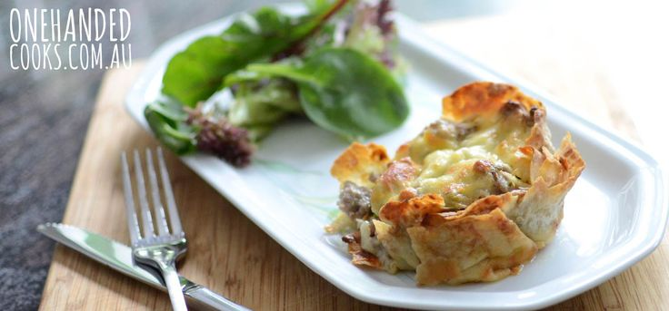 CREAMY TURKEY & VEGGIE PIES: Something a little different, this pie is very adaptable to use whatever meat and veggies you have on hand. #onehandedcooks