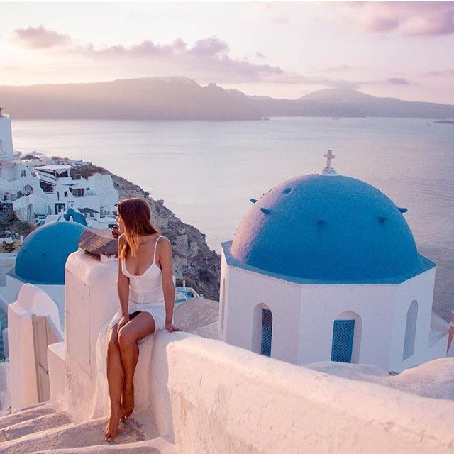 by @pincaboo #oia #santorini #greece