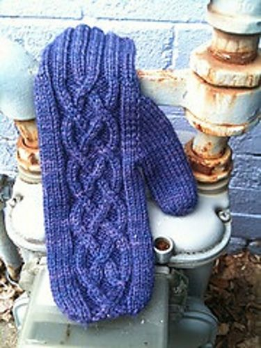 Mittens Knitting Pattern Free : 124 best images about Aran knitting on Pinterest Free ...