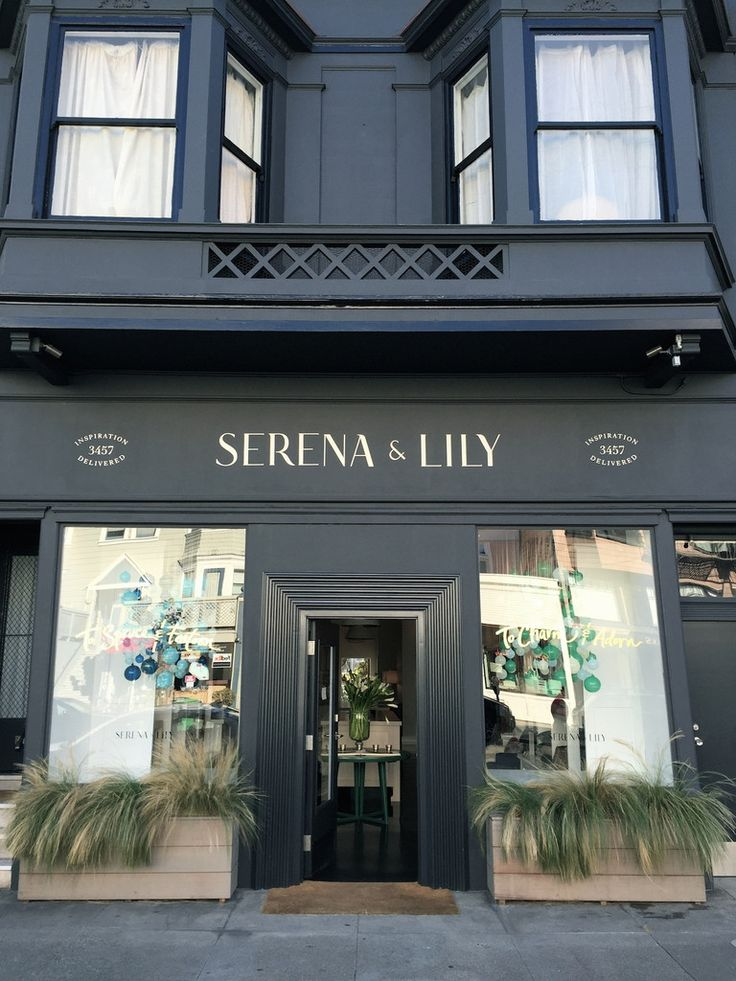 Our trip to San Francisco over the holiday was a great break from all of the hustle bustle here at home. I had a chance to visit some of beautiful shops on Sa