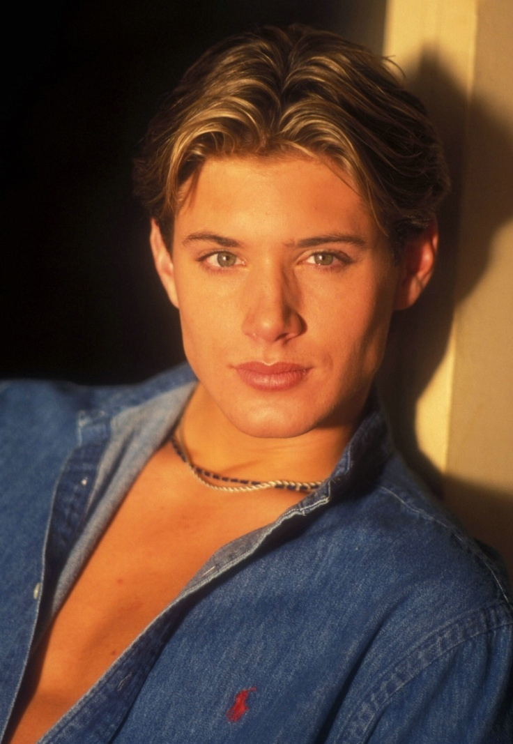a very young, very gorgeous Jensen, he definately got better with age!