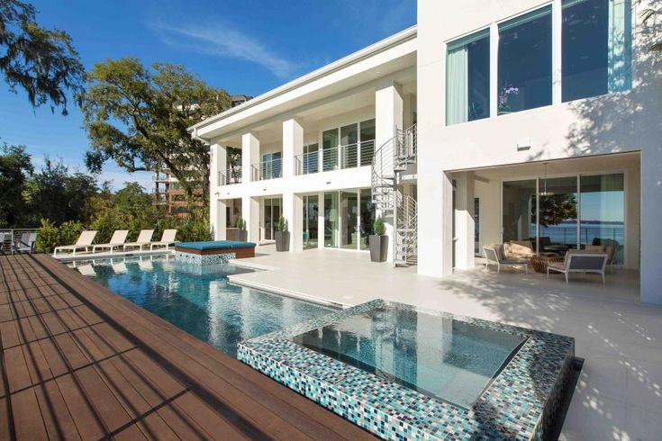 This modern beach home in jacksonville fla offers its for Modern house jacksonville