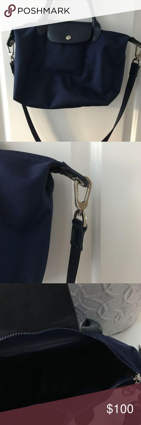 NEW Longchamp Le Pliage Navy Shoulder Bag Beautful longchamp bag. Very very good condition. Longchamp Bags Shoulder Bags