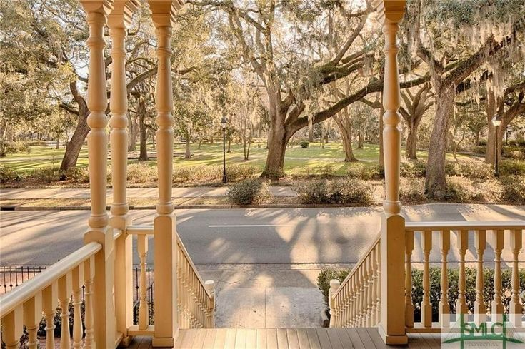 1895 crowther mansion in savannah captivating