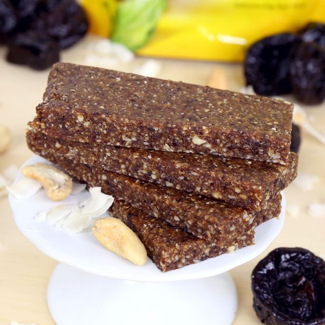 Mind Over Munch | Coconut Cashew Energy Bars