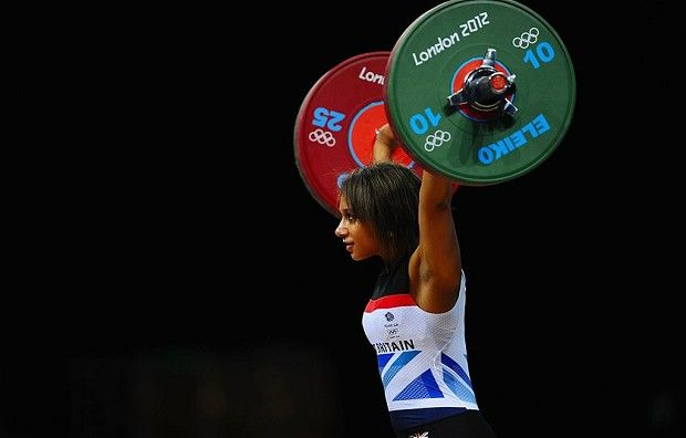 Zoe Smith: Zoe Smith breaks British weightlifting record at London 2012 Olympics
