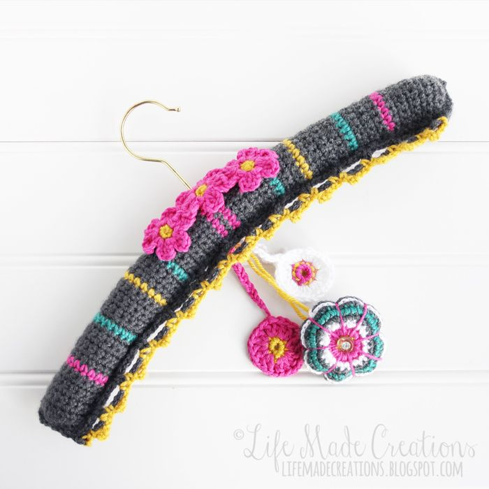 Life Made Creations: on my hook : hanger and sachet