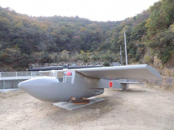 神龍 木製グライダー特攻機