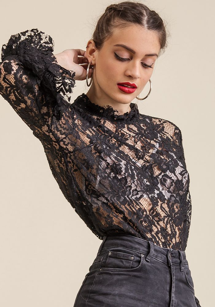 Get Into a Frill Top  by myfashionfruit.com