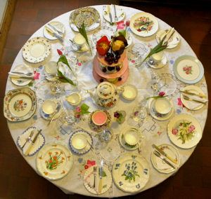 Table set for vintage afternoon tea : table setting for high tea - pezcame.com