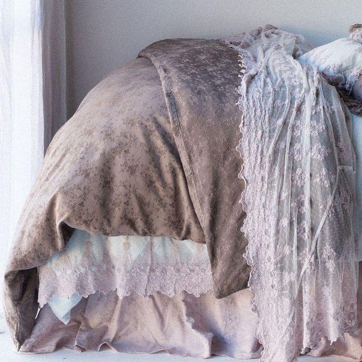 Bella Notte Linens | Pennelope Duvet | Luxury Designer Bedding