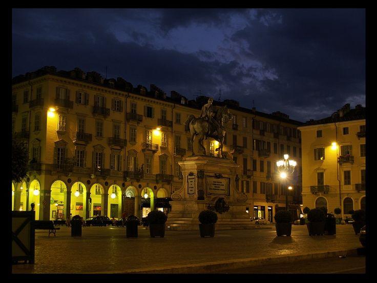 Piazza Bodoni - Torino
